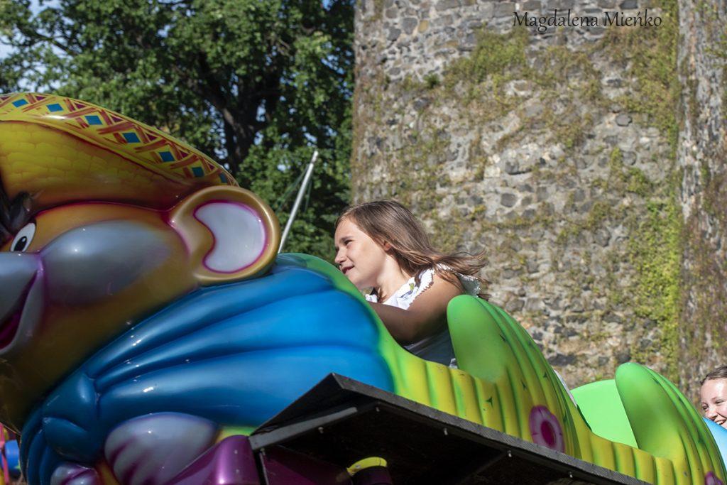 Zabawy dla dzieci lunapark