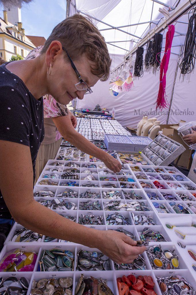Zakupy na Sudeckim festiwalu minerałów