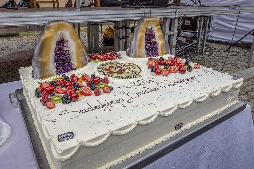Tort na Sudeckim Festiwalu Minerałów